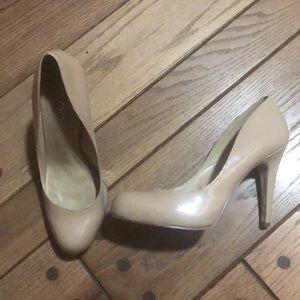 Aldo nude/tan heels